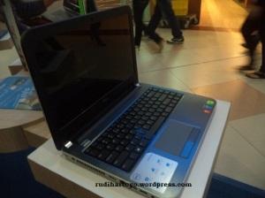 Dell Inspiron seri 7000